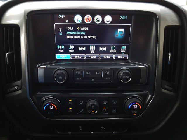 2017 Chevrolet Silverado 1500 Crew Cab 4x2, Pickup #M00844A - photo 20