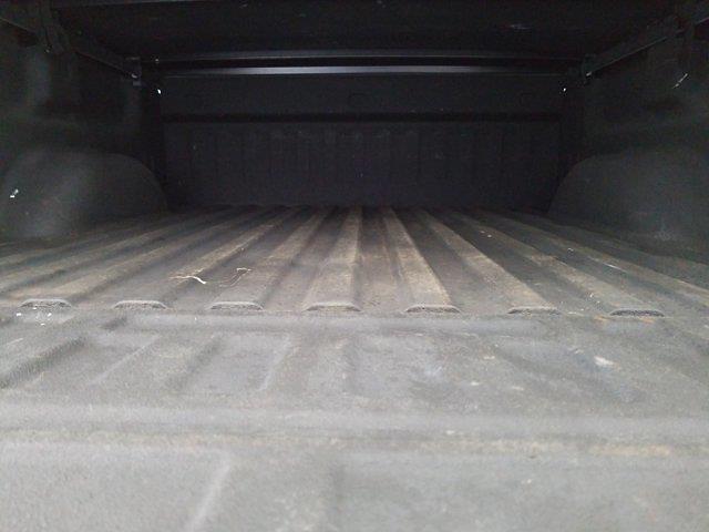2015 Chevrolet Silverado 1500 Crew Cab 4x4, Pickup #M00846A - photo 39