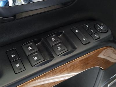 2015 Chevrolet Silverado 1500 Crew Cab 4x4, Pickup #M00846A - photo 15