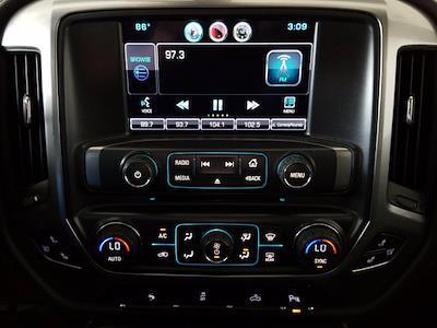 2015 Chevrolet Silverado 1500 Crew Cab 4x4, Pickup #M00846A - photo 26
