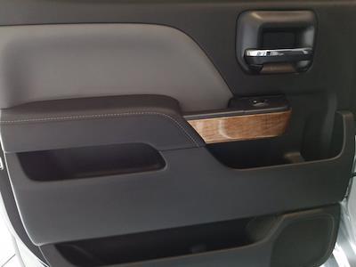 2015 Chevrolet Silverado 1500 Crew Cab 4x4, Pickup #M00846A - photo 34
