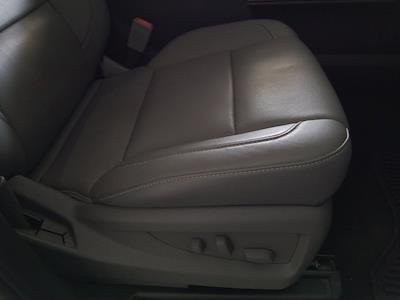 2015 Chevrolet Silverado 1500 Crew Cab 4x4, Pickup #M00846A - photo 43