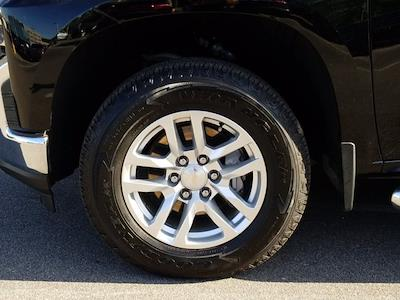 2019 Chevrolet Silverado 1500 Crew Cab 4x4, Pickup #M00897A - photo 10