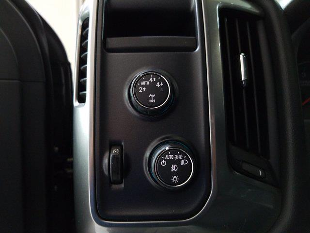 2016 Chevrolet Silverado 1500 Crew Cab 4x4, Pickup #M00899B - photo 13