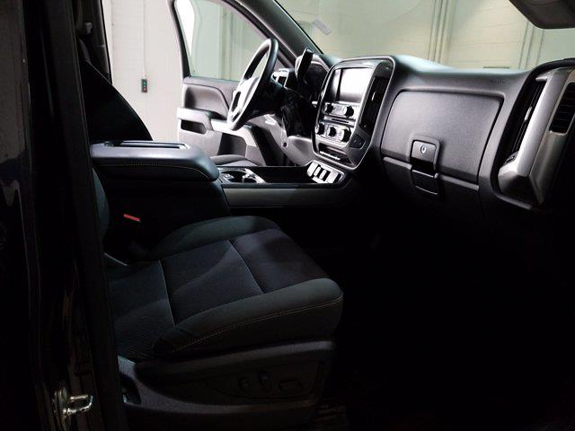 2016 Chevrolet Silverado 1500 Crew Cab 4x4, Pickup #M00899B - photo 38