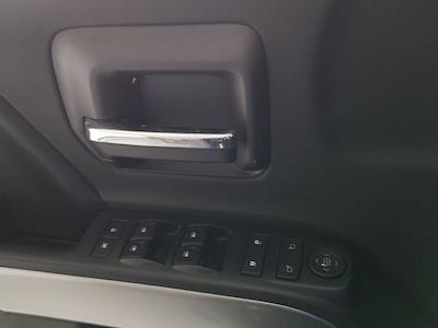 2016 Chevrolet Silverado 1500 Crew Cab 4x4, Pickup #M00899B - photo 10