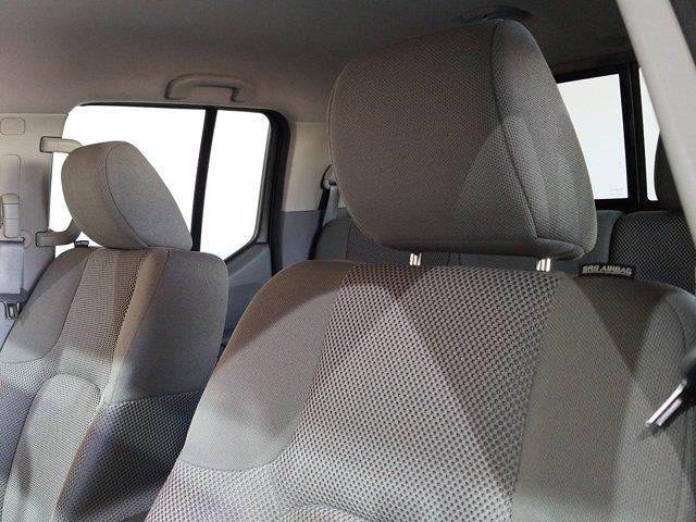2019 Nissan Frontier Crew Cab 4x4, Pickup #M00927A - photo 18