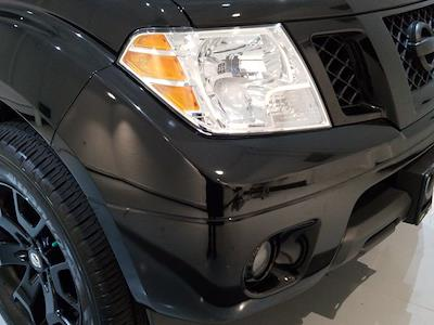 2019 Nissan Frontier Crew Cab 4x4, Pickup #M00927A - photo 10