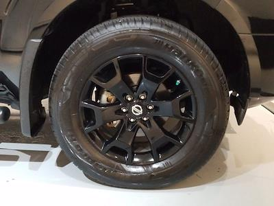 2019 Nissan Frontier Crew Cab 4x4, Pickup #M00927A - photo 11
