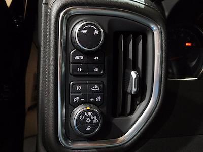2019 Chevrolet Silverado 1500 Crew Cab 4x4, Pickup #M00932A - photo 18