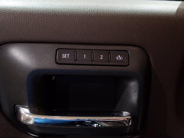 2015 Chevrolet Silverado 2500 Crew Cab 4x4, Pickup #M00943A - photo 16