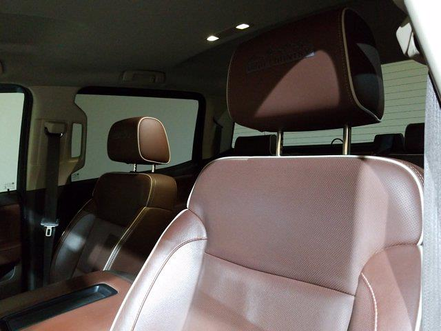2015 Chevrolet Silverado 2500 Crew Cab 4x4, Pickup #M00943A - photo 21