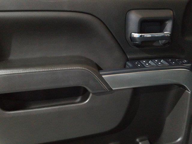 2018 Chevrolet Silverado 1500 Crew Cab 4x4, Pickup #M00965A - photo 12
