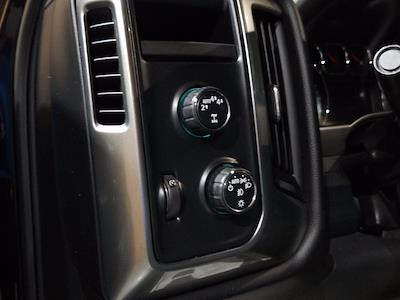 2018 Chevrolet Silverado 1500 Crew Cab 4x4, Pickup #M00965A - photo 14