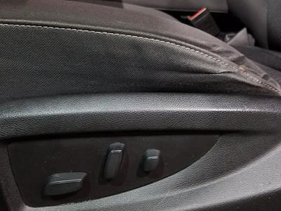 2018 Chevrolet Silverado 1500 Crew Cab 4x4, Pickup #M00965A - photo 15