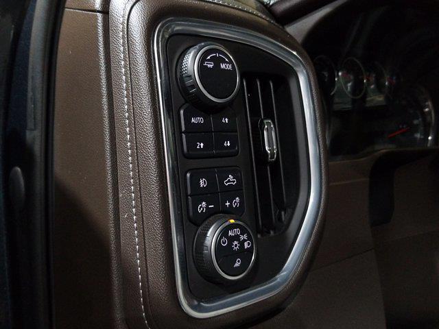 2020 Chevrolet Silverado 1500 Crew Cab 4x4, Pickup #M01036A - photo 16