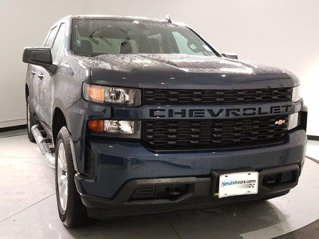 2020 Chevrolet Silverado 1500 Crew Cab 4x4, Pickup #M01056A - photo 3