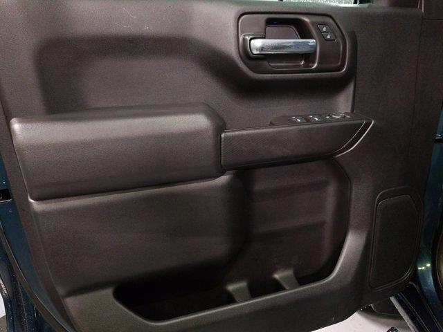 2020 Chevrolet Silverado 1500 Crew Cab 4x4, Pickup #M01056A - photo 12