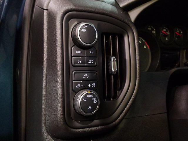 2020 Chevrolet Silverado 1500 Crew Cab 4x4, Pickup #M01056A - photo 15