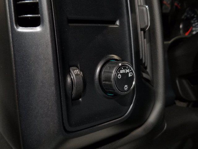 2018 Chevrolet Silverado 1500 Double Cab 4x4, Pickup #X29035 - photo 14