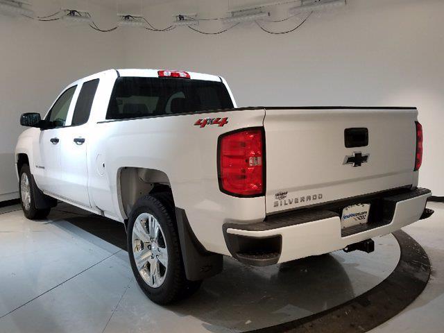 2018 Chevrolet Silverado 1500 Double Cab 4x4, Pickup #X29035 - photo 2