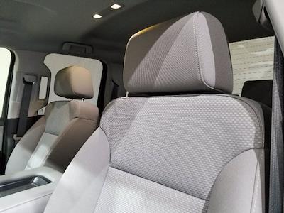 2018 Chevrolet Silverado 1500 Double Cab 4x4, Pickup #X29035 - photo 16