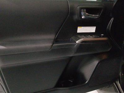 2017 Toyota Tacoma Double Cab 4x4, Pickup #ZM00411A - photo 13