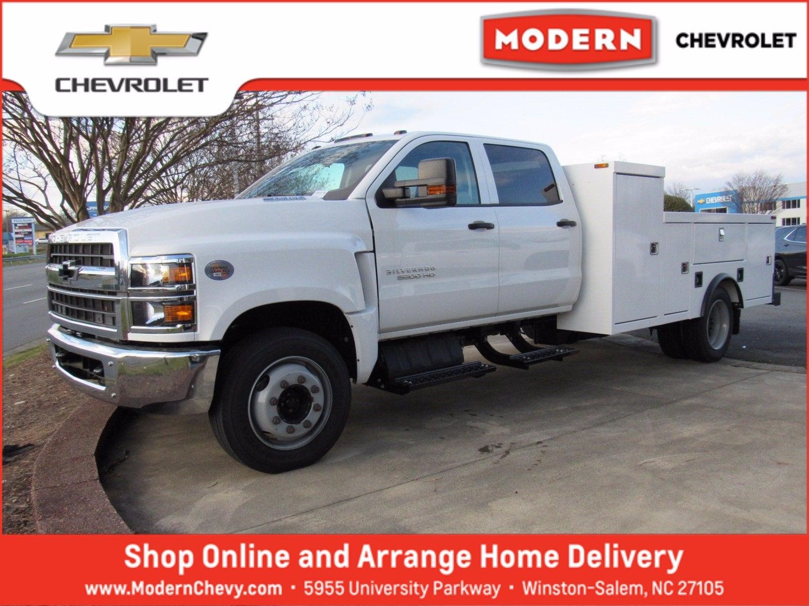 2020 Chevrolet Silverado 5500 Crew Cab DRW 4x2, Carolina Custom Products Service Body #1N69740 - photo 1