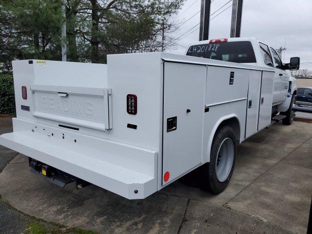 2020 Chevrolet Silverado 5500 Crew Cab DRW 4x2, Reading Service Body #1N69744 - photo 1