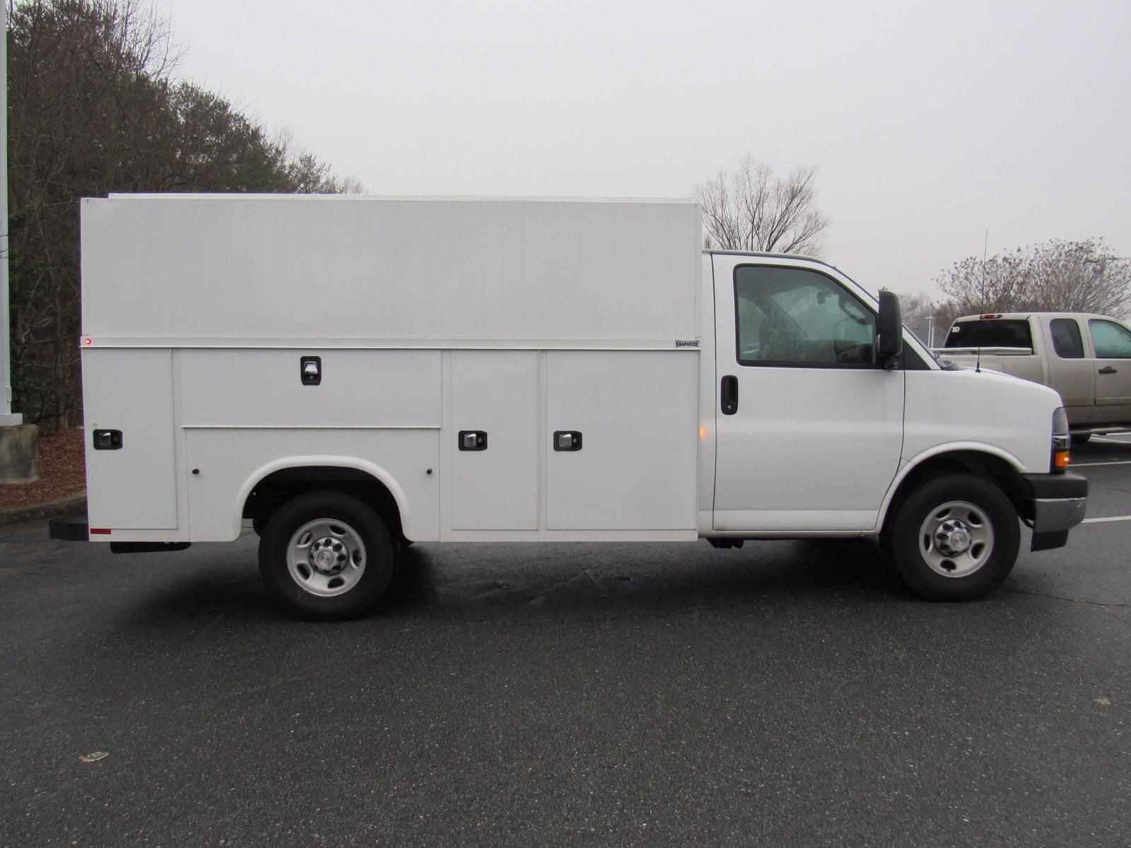 2020 Chevrolet Express 3500 4x2, Cutaway #1N69792 - photo 1