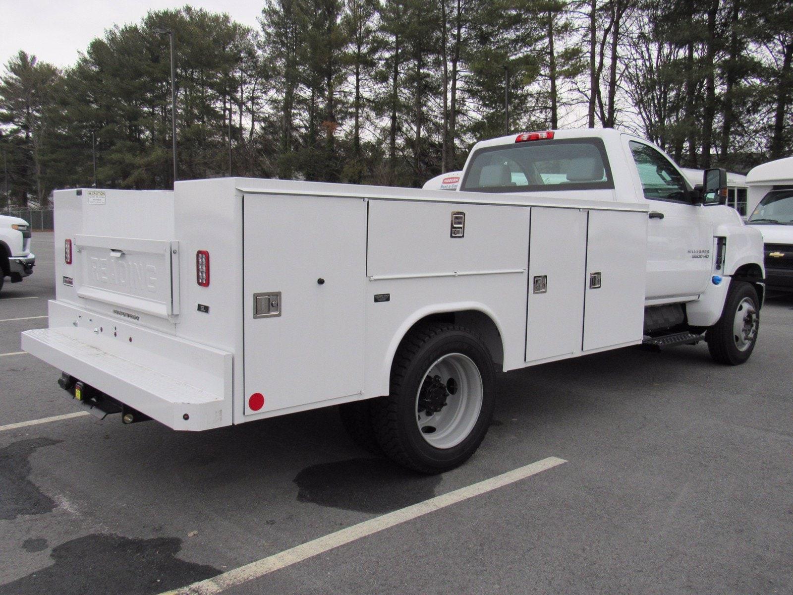 2020 Chevrolet Silverado Medium Duty Regular Cab DRW 4x2, Reading Service Body #1N69866 - photo 1