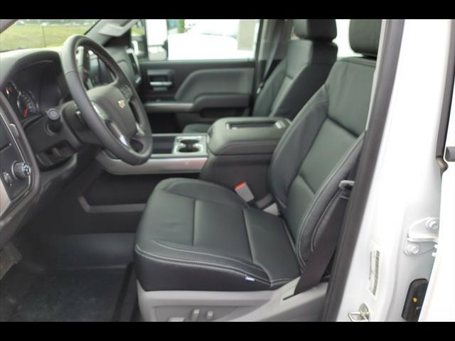 2019 Chevrolet Silverado 6500 Crew Cab DRW RWD, CM Truck Beds ER Model Hauler Body #8106 - photo 26