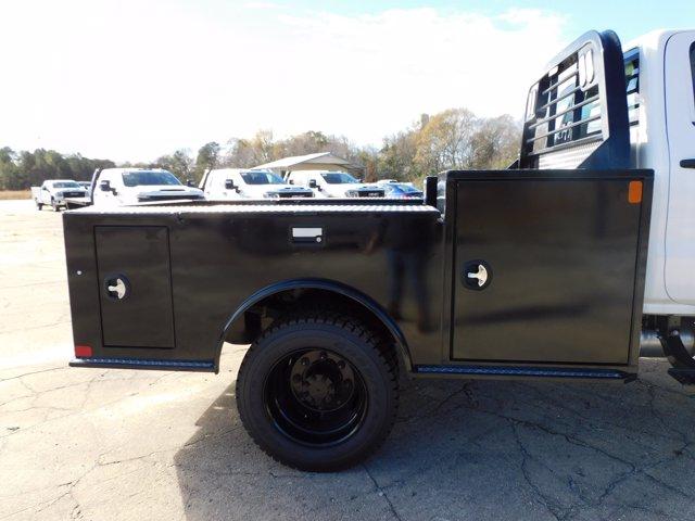 2020 Chevrolet Silverado 6500 Crew Cab DRW 4x4, CM Truck Beds Platform Body #155521 - photo 3