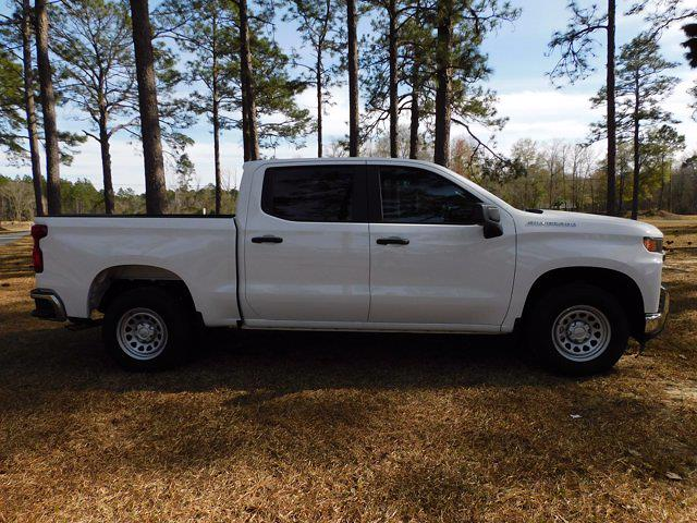 2021 Chevrolet Silverado 1500 Crew Cab 4x2, Pickup #214737 - photo 3