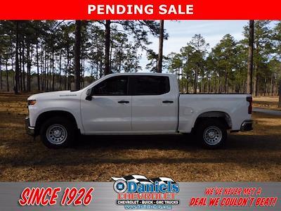 2021 Chevrolet Silverado 1500 Crew Cab 4x2, Pickup #219251 - photo 1