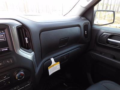 2021 Chevrolet Silverado 1500 Crew Cab 4x2, Pickup #219251 - photo 17
