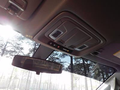 2021 Chevrolet Silverado 1500 Crew Cab 4x2, Pickup #219251 - photo 18