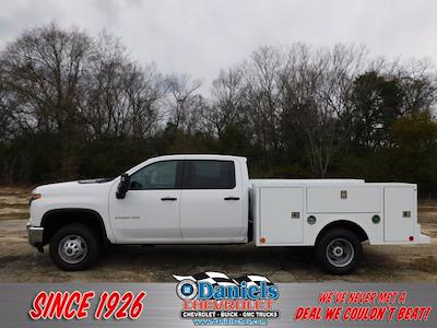 2020 Chevrolet Silverado 3500 Crew Cab DRW 4x4, Service Body #324943 - photo 1