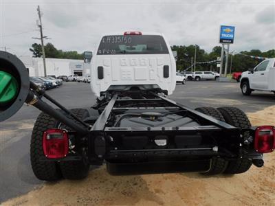 2020 Chevrolet Silverado 5500 Regular Cab DRW 4x4, Cab Chassis #335150 - photo 2