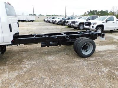 2020 Chevrolet Silverado 5500 Regular Cab DRW 4x4, Cab Chassis #620193 - photo 5