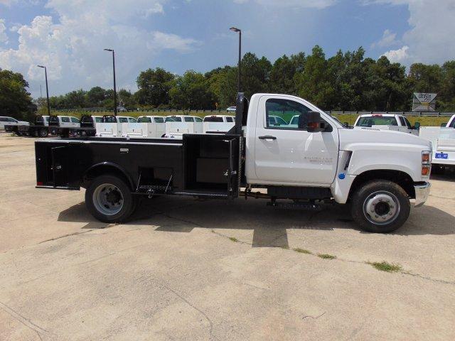 2019 Chevrolet Silverado 5500 Regular Cab DRW 4x2, CM Truck Beds TM Deluxe Platform Body #863602 - photo 10