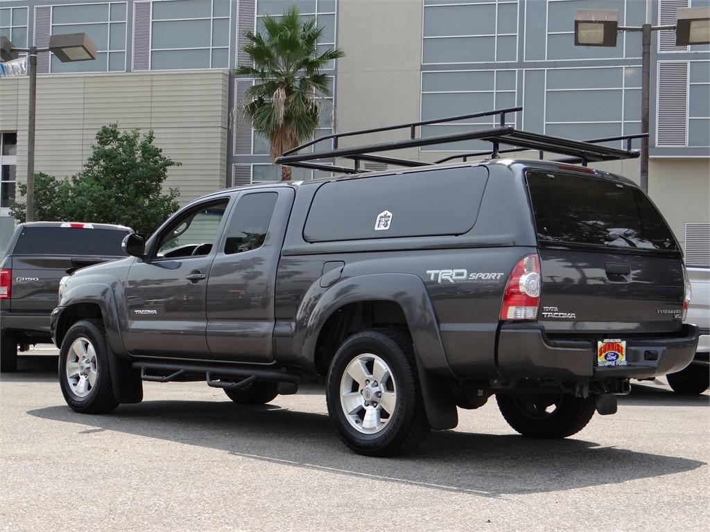 2015 Toyota Tacoma Extra Cab 4x2, Pickup #B27480 - photo 2