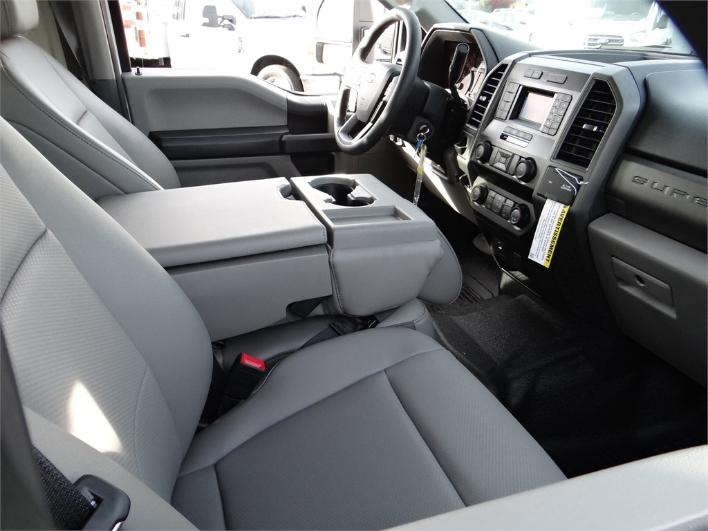 2020 Ford F-550 Crew Cab DRW 4x2, Harbor Standard Contractor Body #G01157 - photo 7