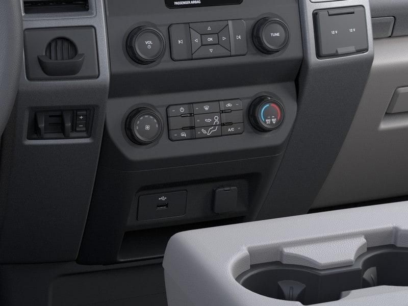 2020 F-250 Regular Cab 4x2, Cab Chassis #G01395 - photo 15