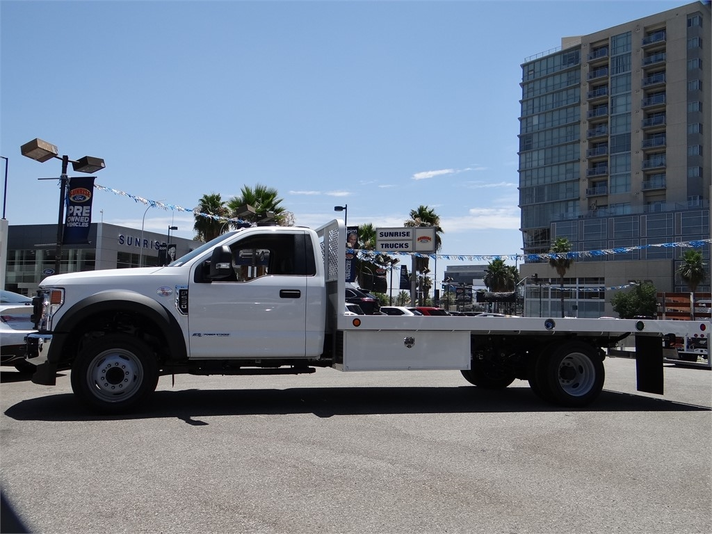 2020 Ford F-550 Regular Cab DRW 4x2, Scelzi Platform Body #G01596T - photo 3
