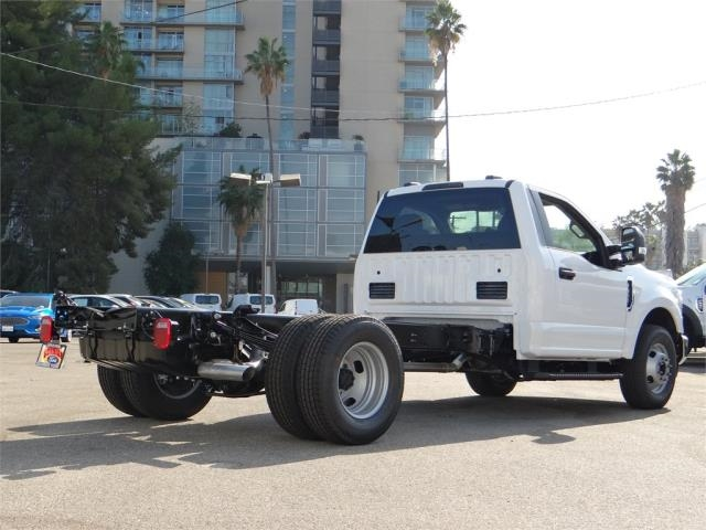 2020 Ford F-350 Regular Cab DRW 4x2, Cab Chassis #G02312 - photo 2