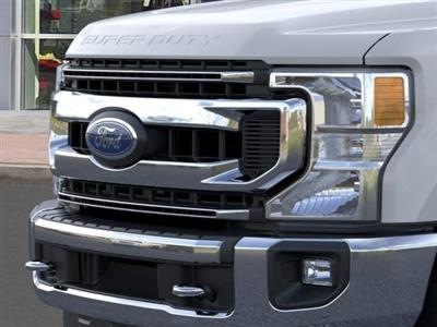 2021 Ford F-250 Crew Cab 4x4, Pickup #G10146 - photo 17