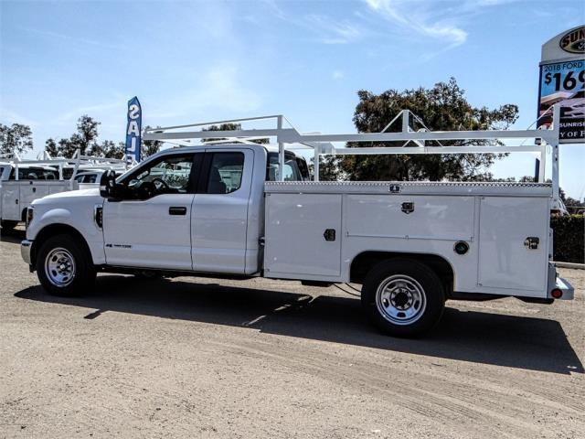 2018 F-350 Super Cab 4x2,  Service Body #JEC82874 - photo 3