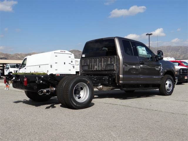 2018 F-350 Super Cab DRW 4x2,  Cab Chassis #M80965 - photo 2