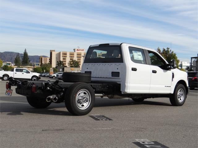 2019 F-350 Crew Cab 4x2,  Cab Chassis #M90317 - photo 2